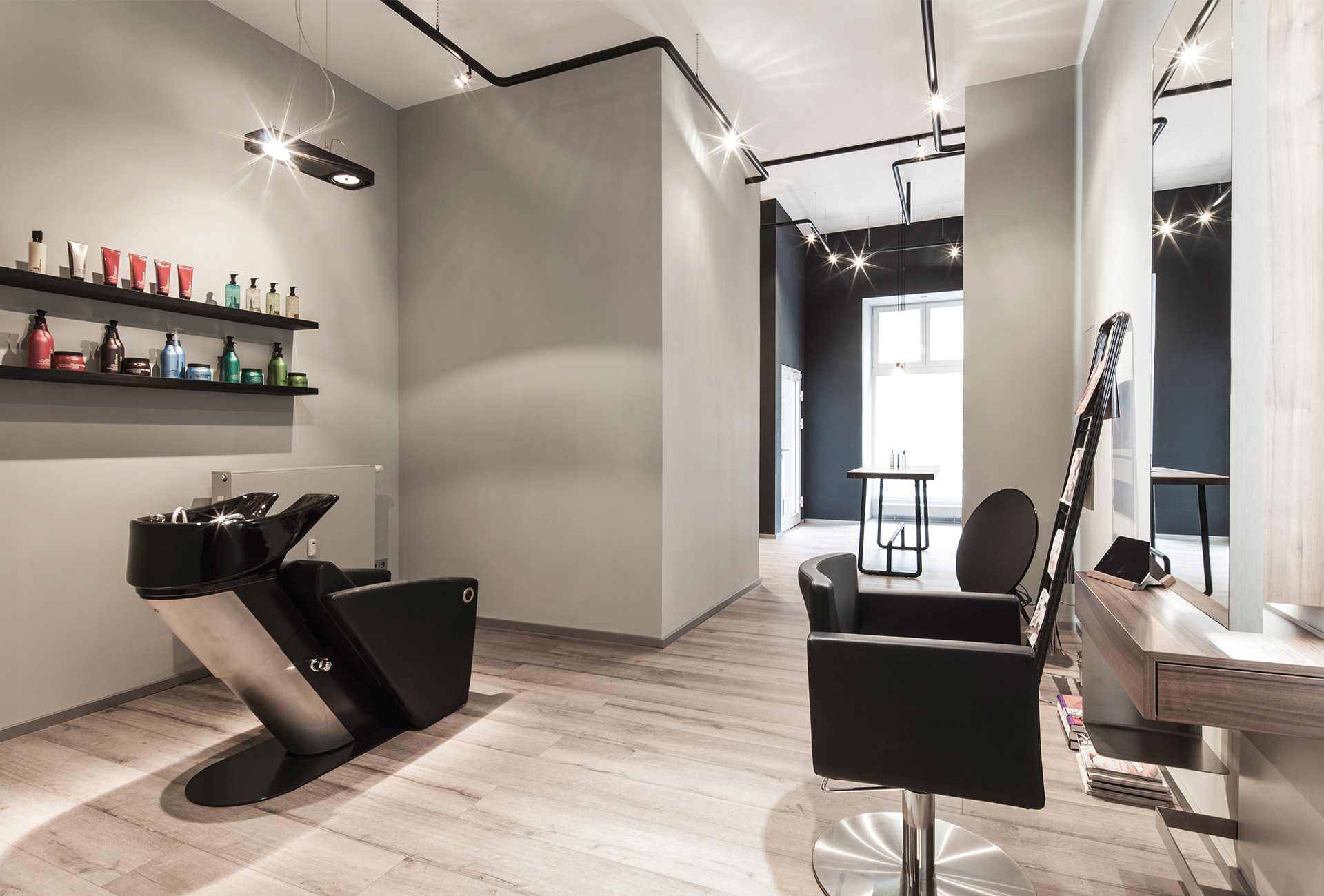 Bailas Contemporary Coiffure Atelier Moments
